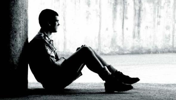 孤独な男性