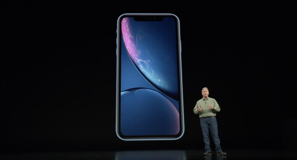 """『iPhone XR』という""""もうひとつの""""iPhone。"""