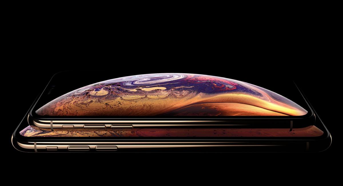 『iPhone XS』と『iPhone XS Max』がフラグシップ。
