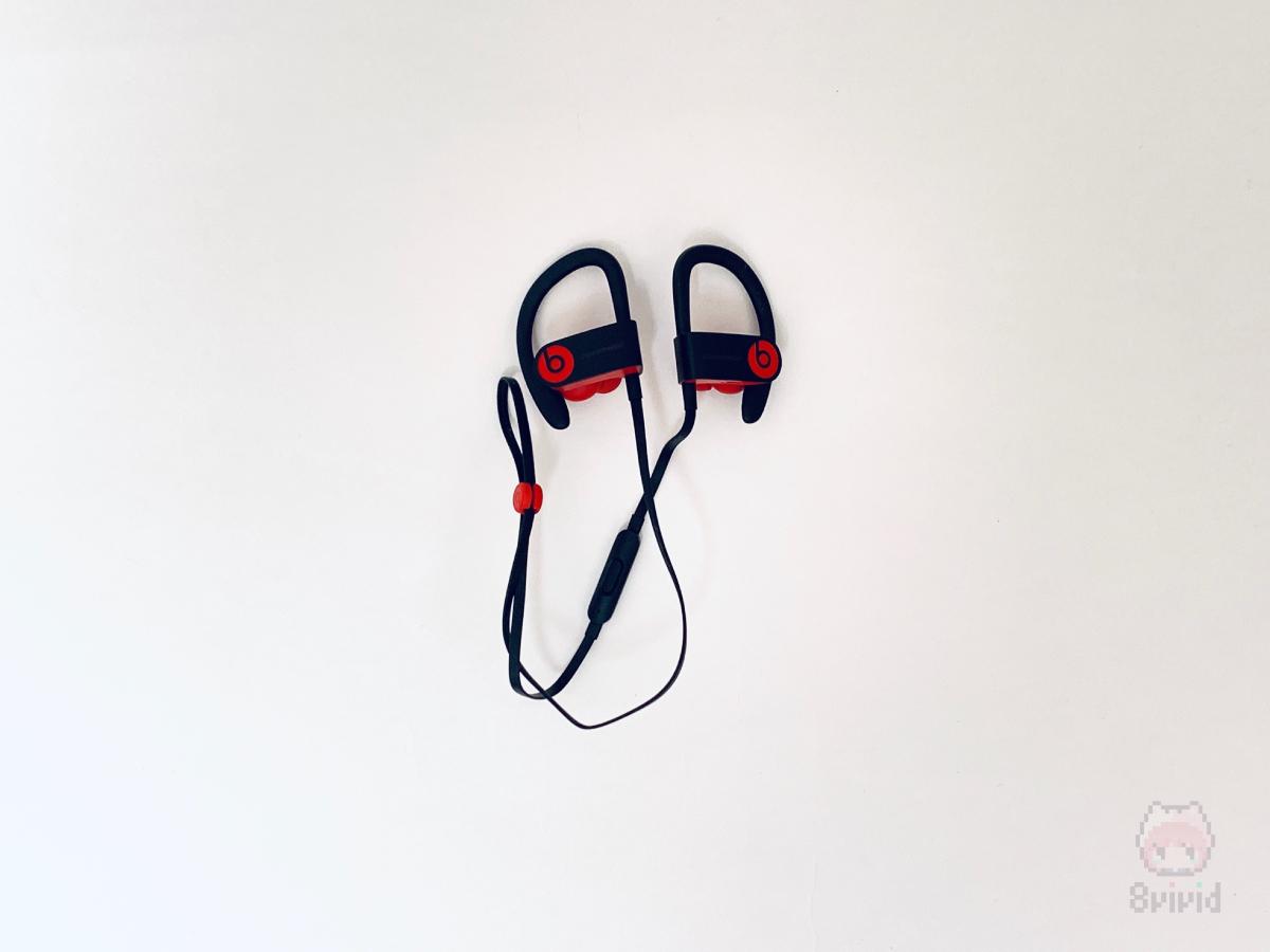 Beats by Dre『Powerbeats3 Wireless』。