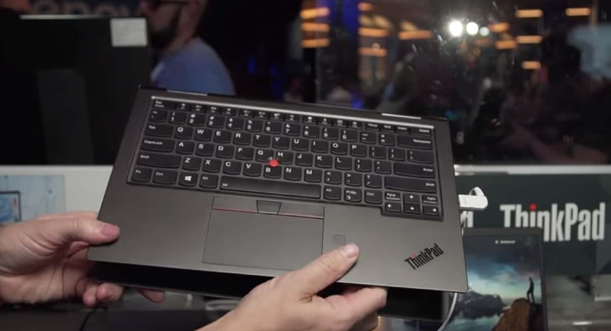 Lenovo公式動画からLift'n' Lockの廃止が確定した。