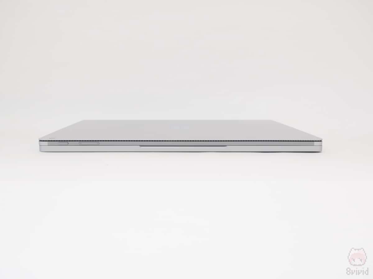 Surface Book 2 15インチの上側面。