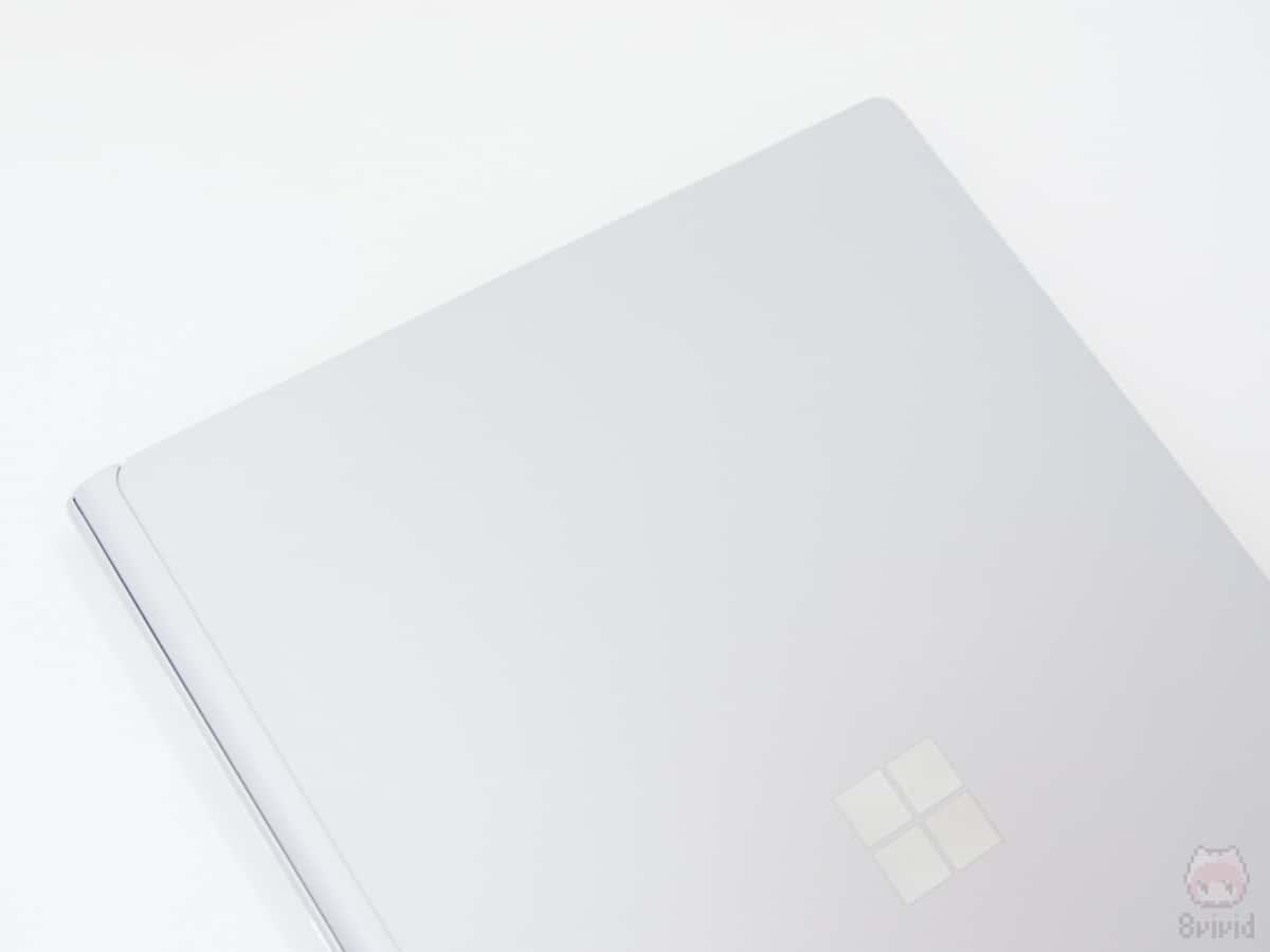 Surface Book 2はマグネシウム製。