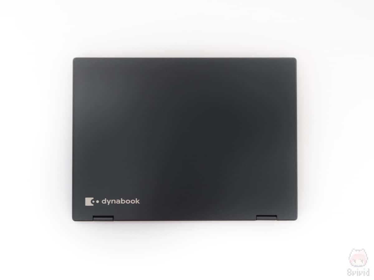 dynabook V72の上面。