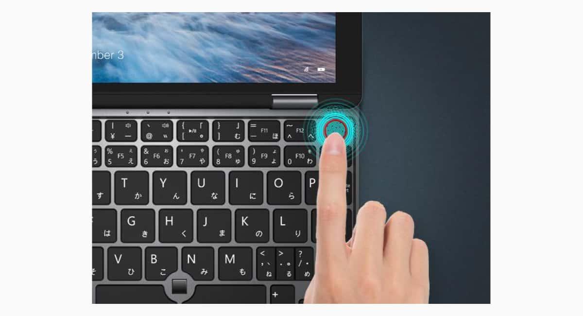 指紋認証センサーは電源ボタン一体型。