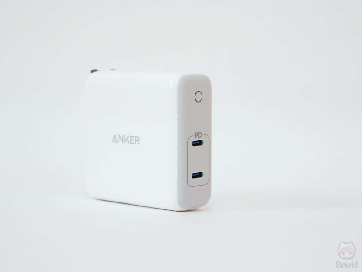 最大60Wの小型USB充電器。