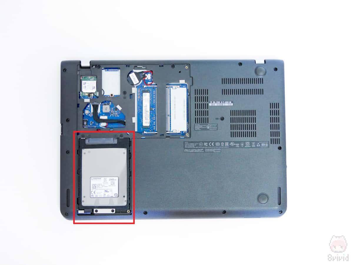 ノートPCを分解して、クローンSSDを取り付ける。