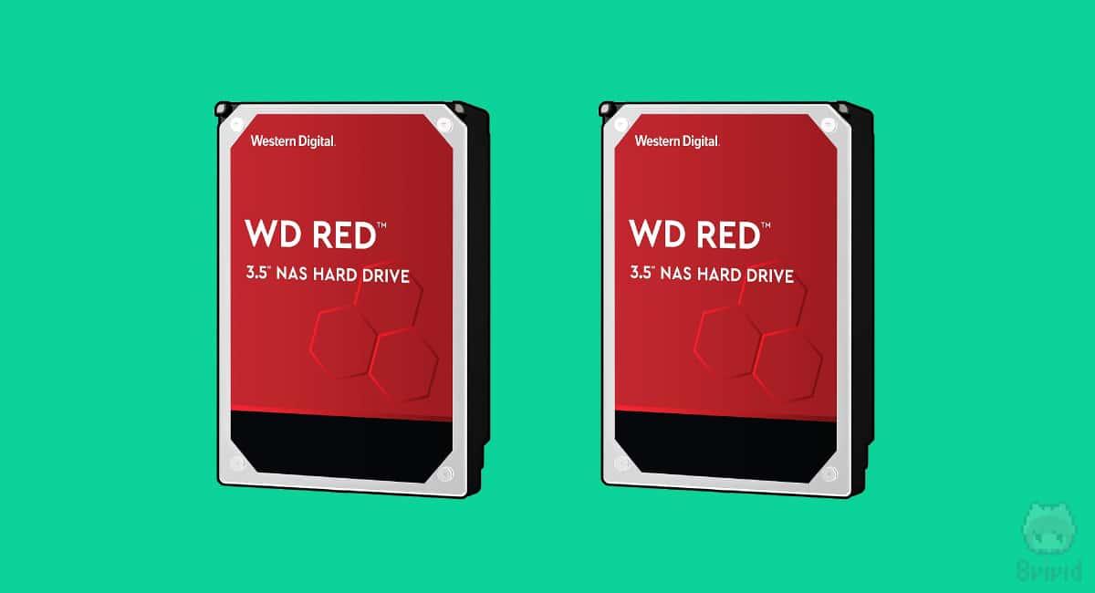 HDDは定番のWestern Digital『WD Red』を2機。