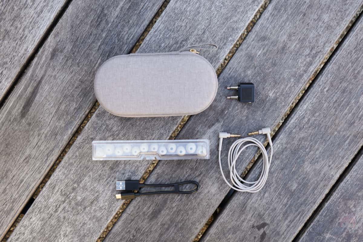 WI-1000XM2付属品一覧。
