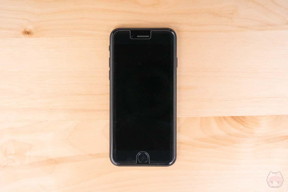 ガラスフィルムはiPhone 8専用のものは使えない。