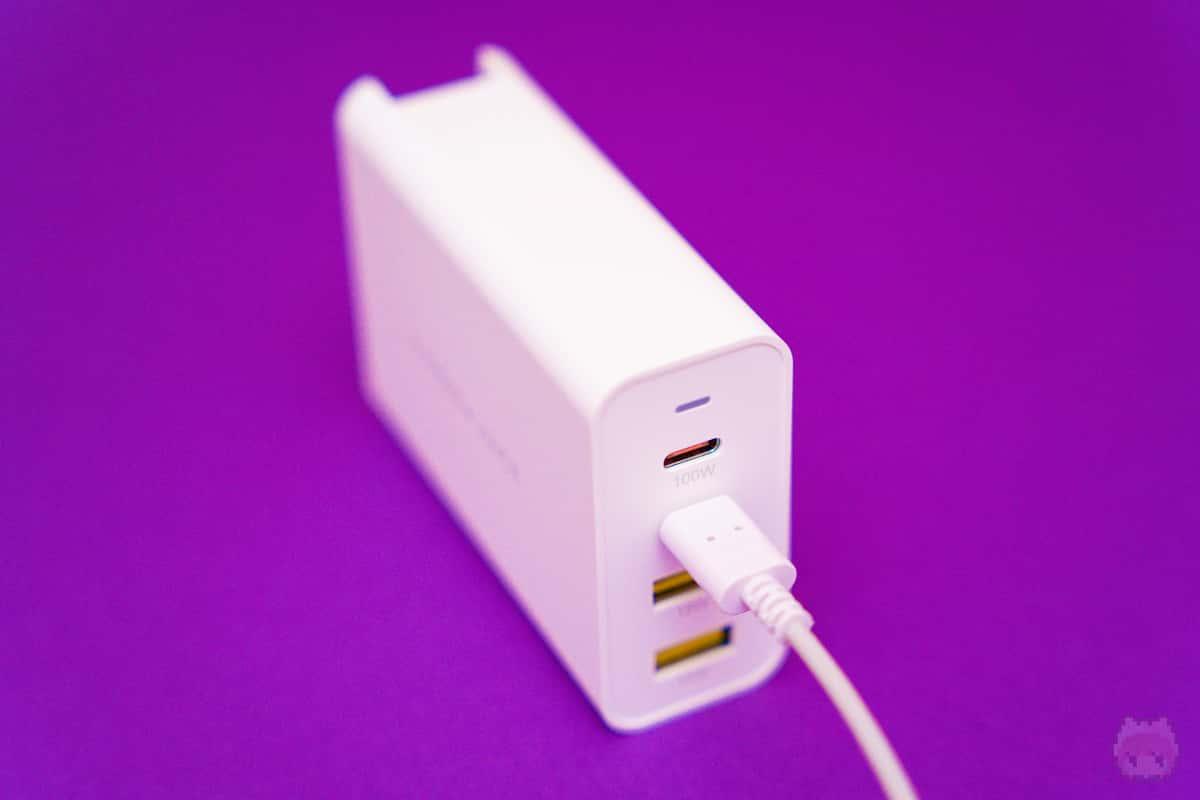 夢の100W出力が対応なUSB PD充電器。