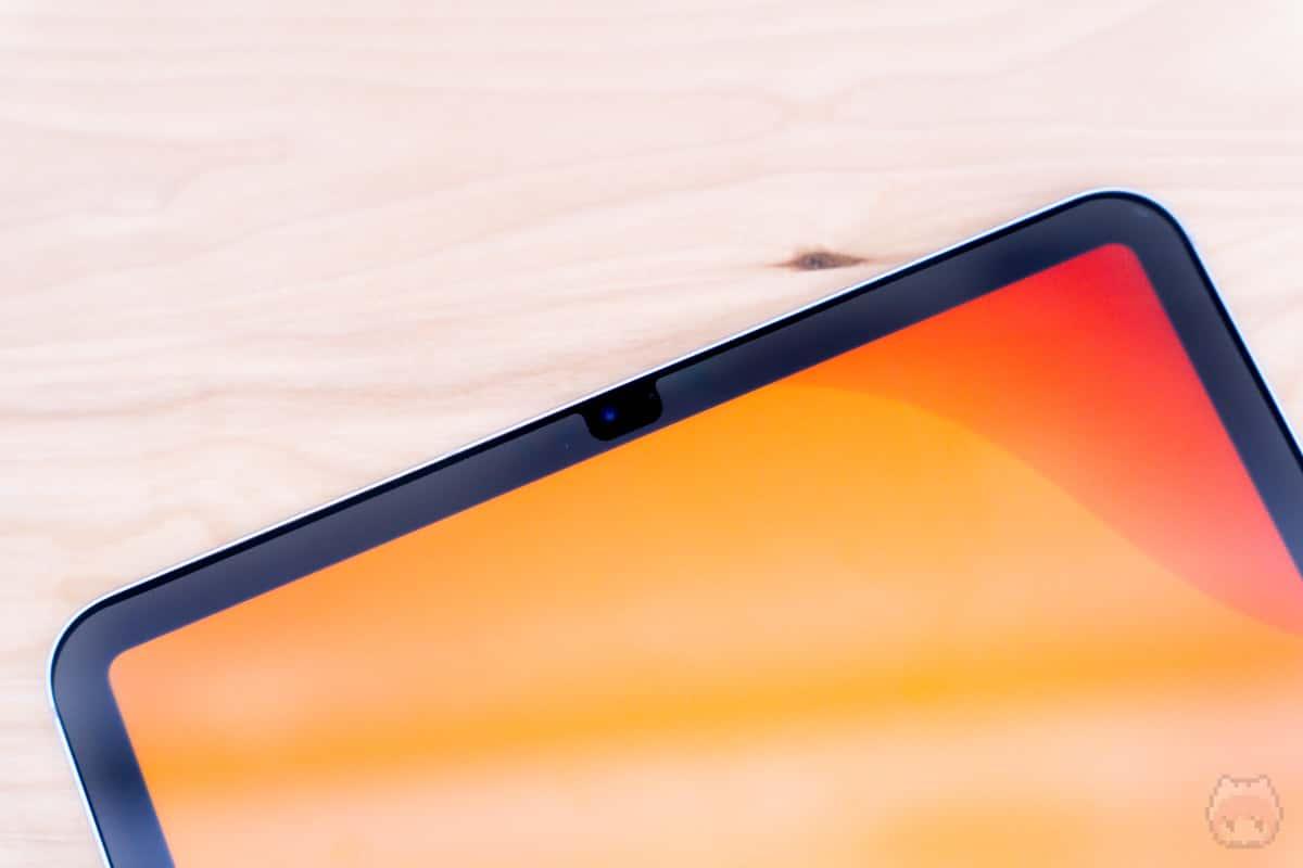 iPad Pro 11インチ(2020)フロントカメラ部分。