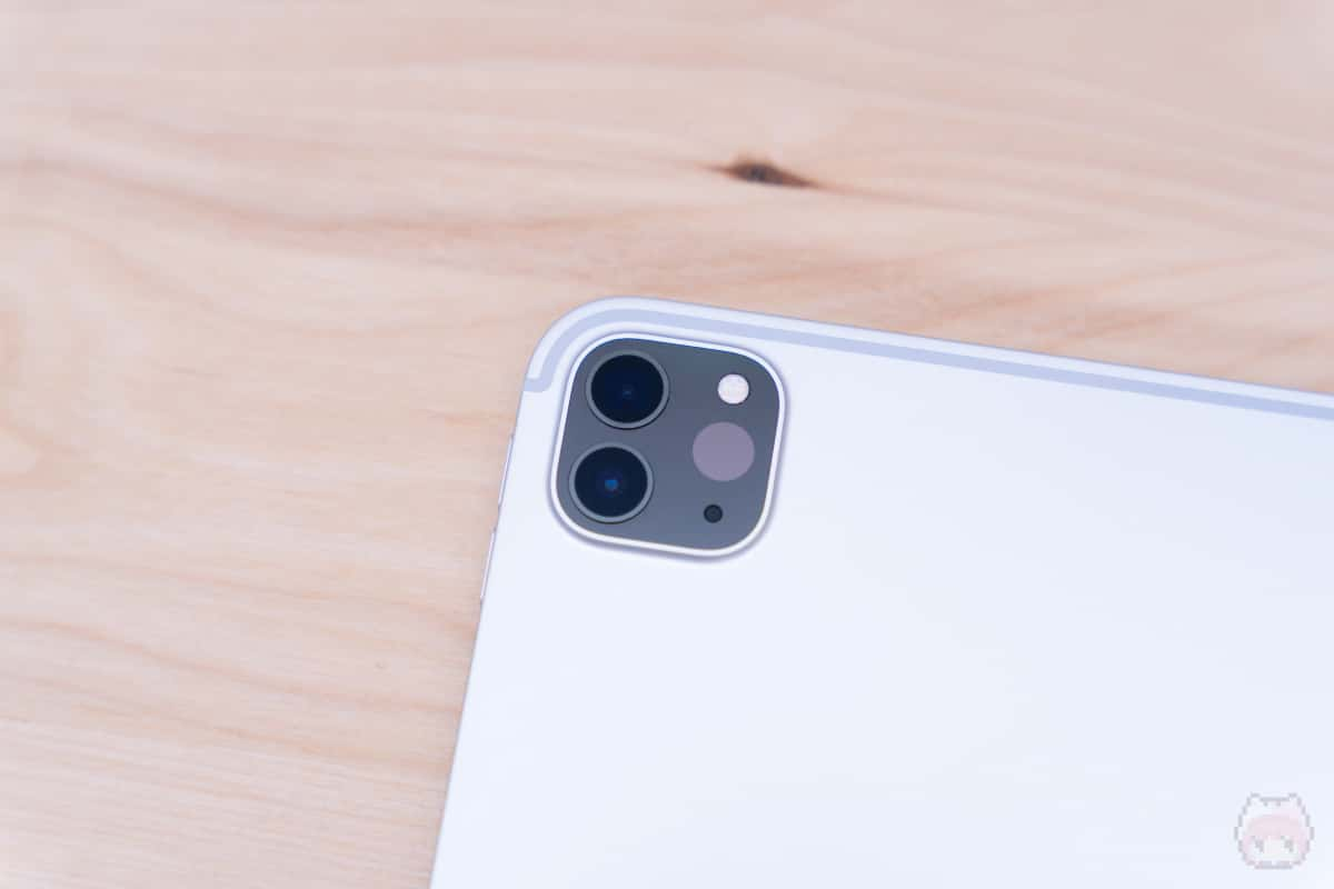 iPad Pro 11インチ(2020)リアカメラ部分。