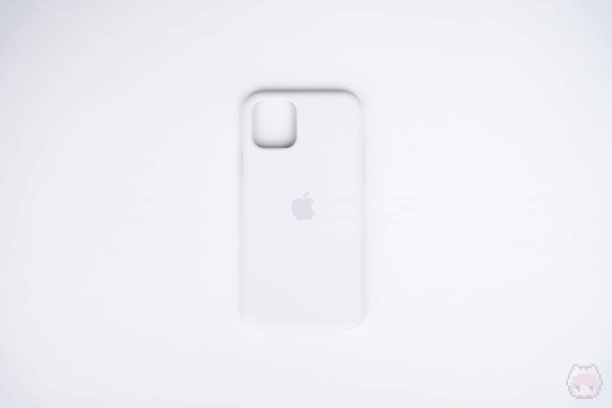 iPhone 11 Proシリコーンケース表面。
