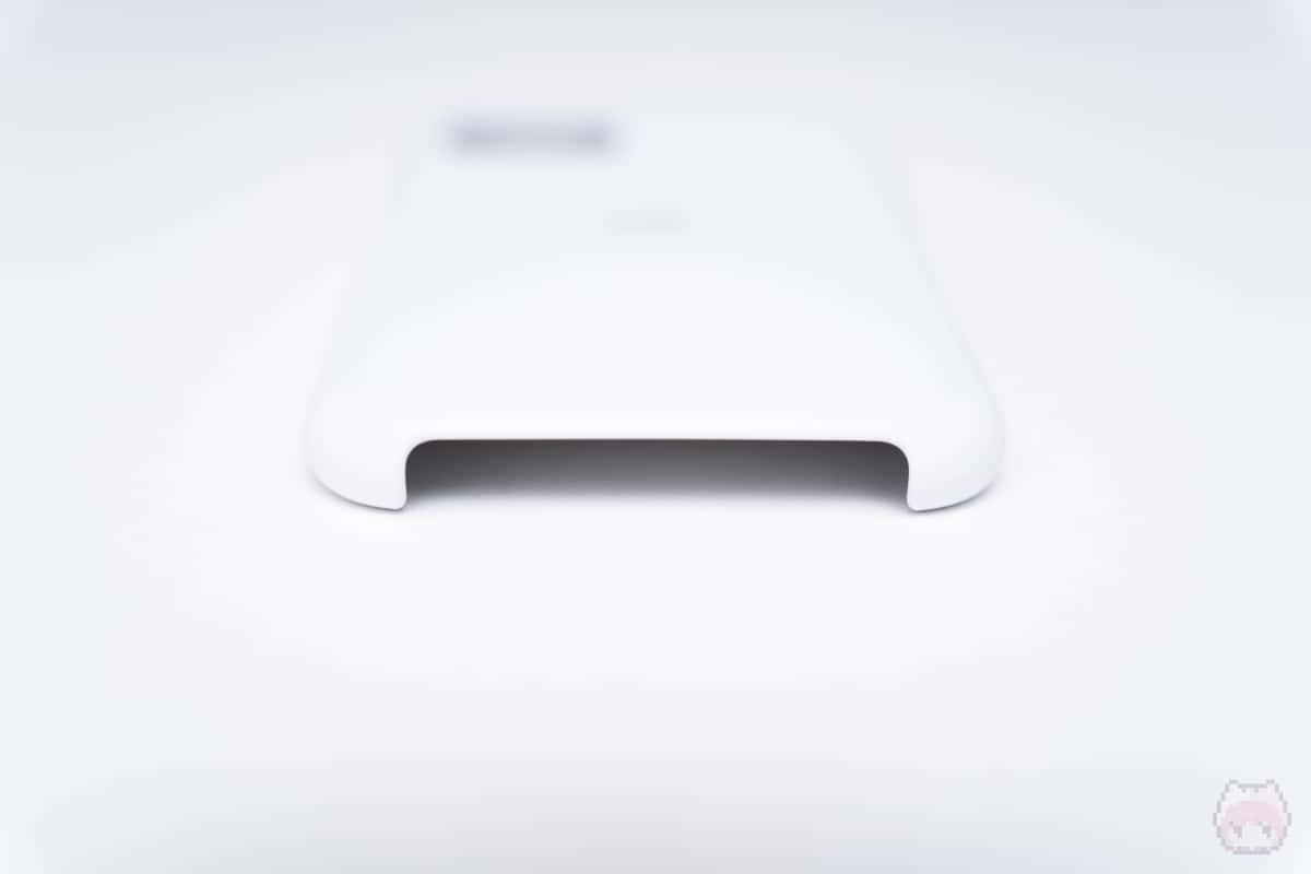 iPhone 11 Proシリコーンケース下側面。