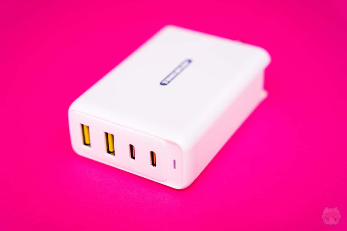 USBが4ポートあるのは頼もしい限り。