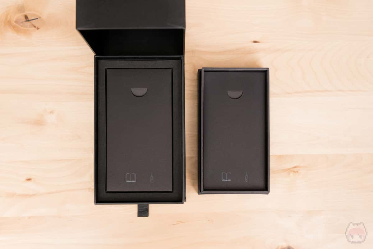 左:BlackBerry KEY2 Last Edition 右:BlackBerry KEY2