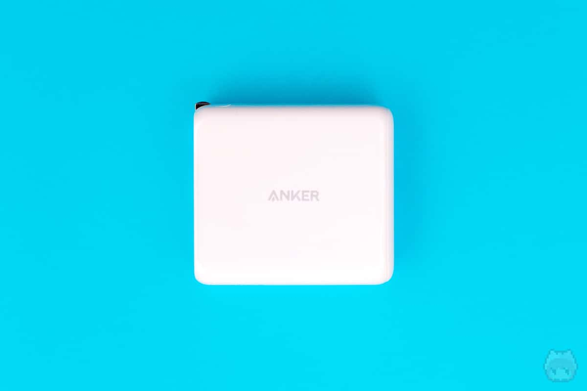 Anker PowerCore III Fusion 5000左面