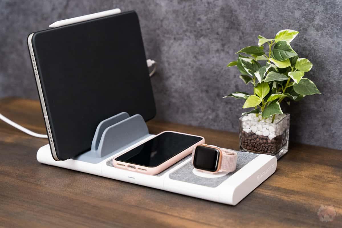 Appleデバイスをまとめて充電可能。