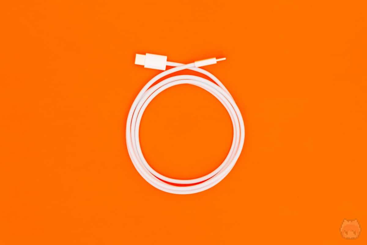 100Wで充電するには、別途5Aケーブルが必要。