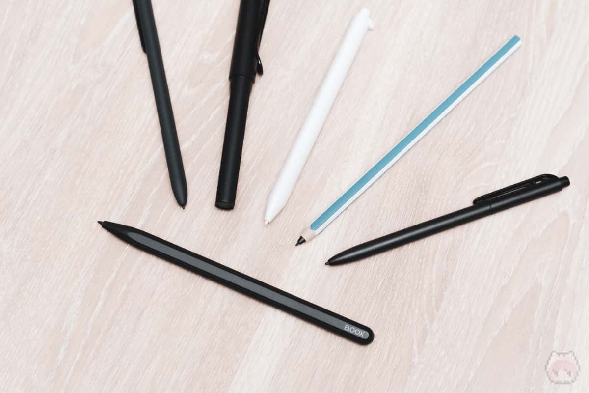 Wacom EMR対応なので、代替のデジタイザーペンは無数にある。