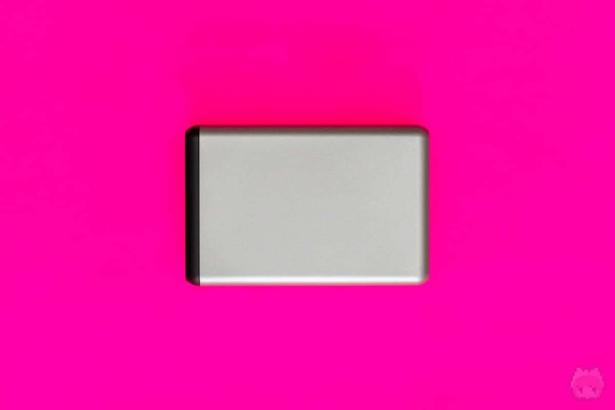 108W Pro USB-C PD Desktop Charger下面