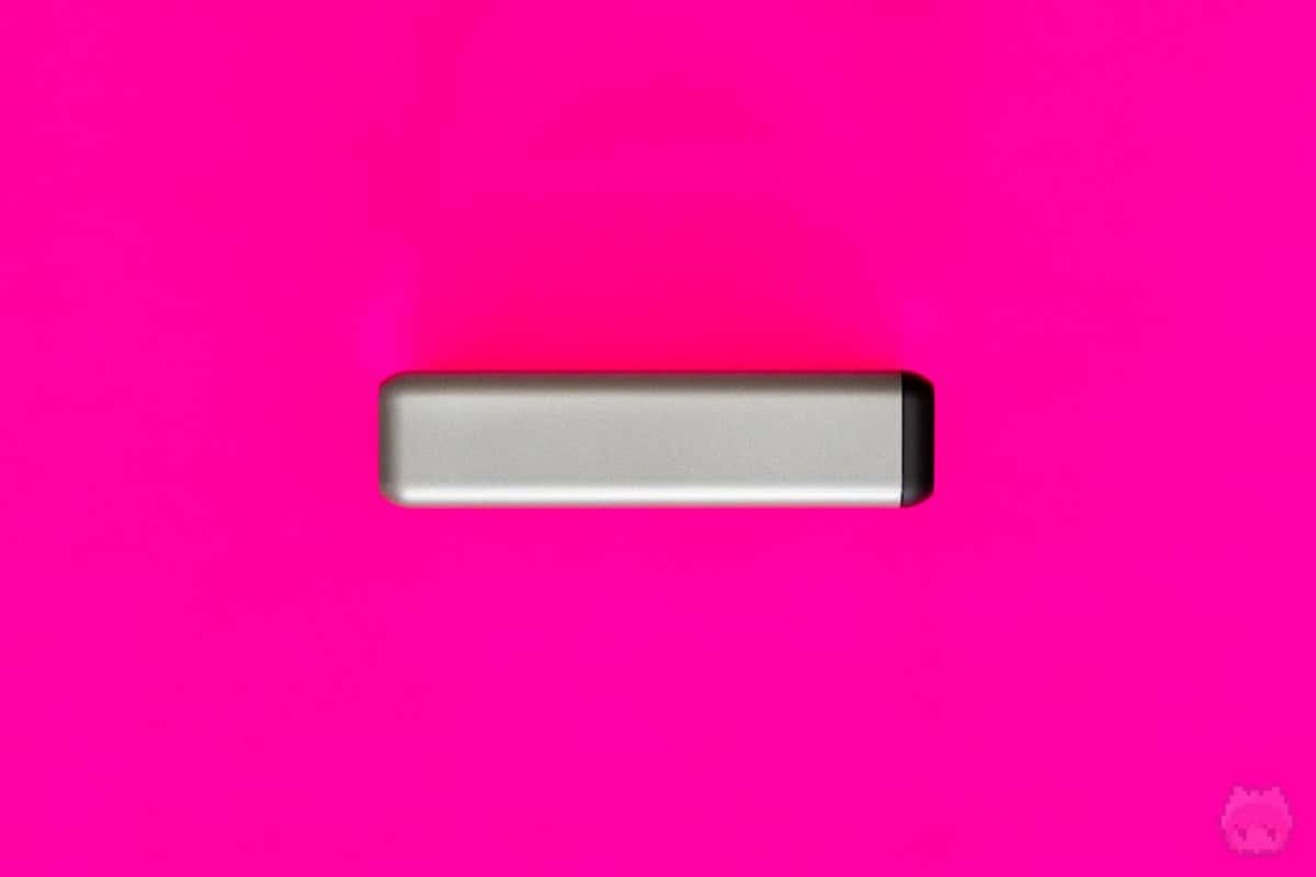 108W Pro USB-C PD Desktop Charger左面