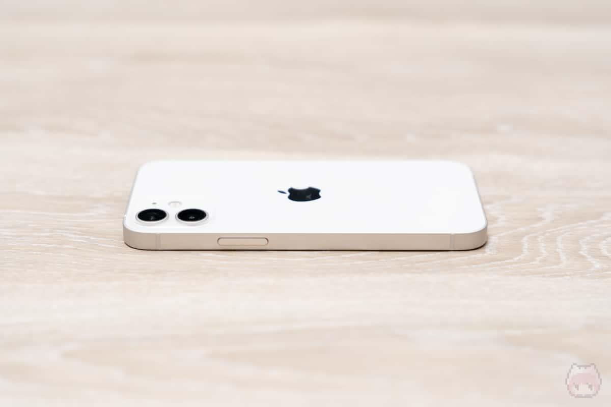 iPhone 12 mini本体側面