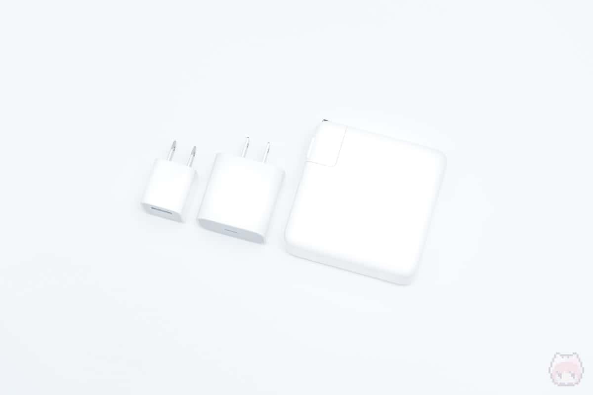 左:Apple 5W|中:本機|右:Apple 96W