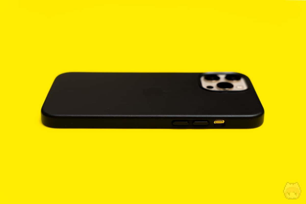 MagSafe対応iPhone 12 Pro Maxレザーケース