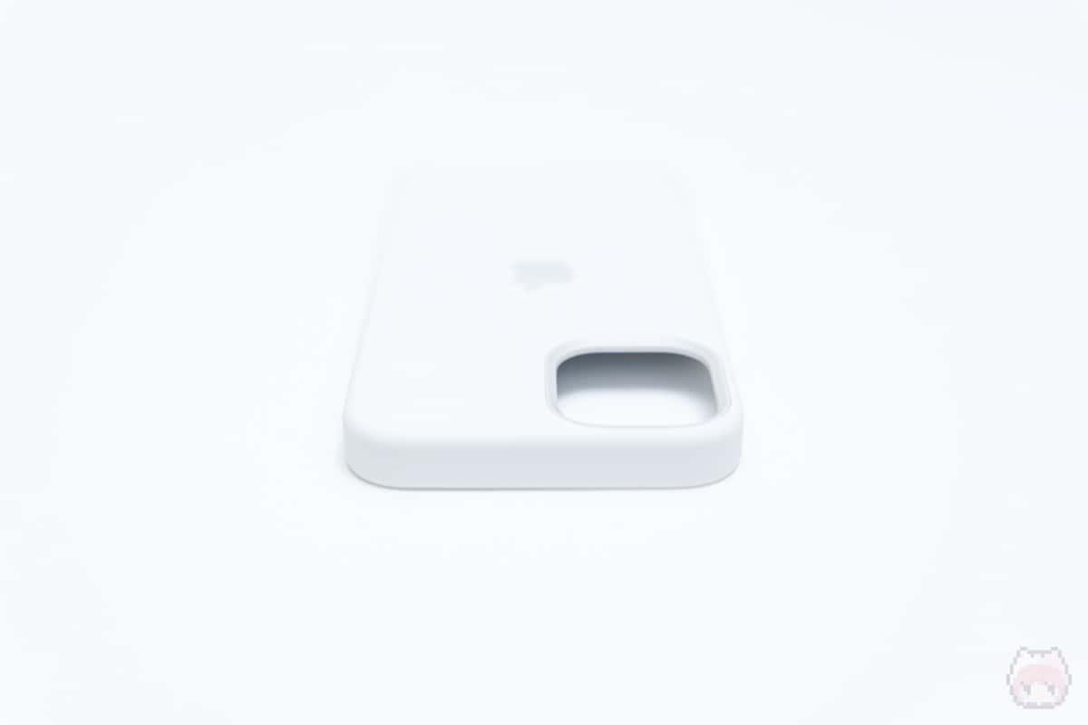 MagSafe対応iPhone 12 miniシリコーンケース上面
