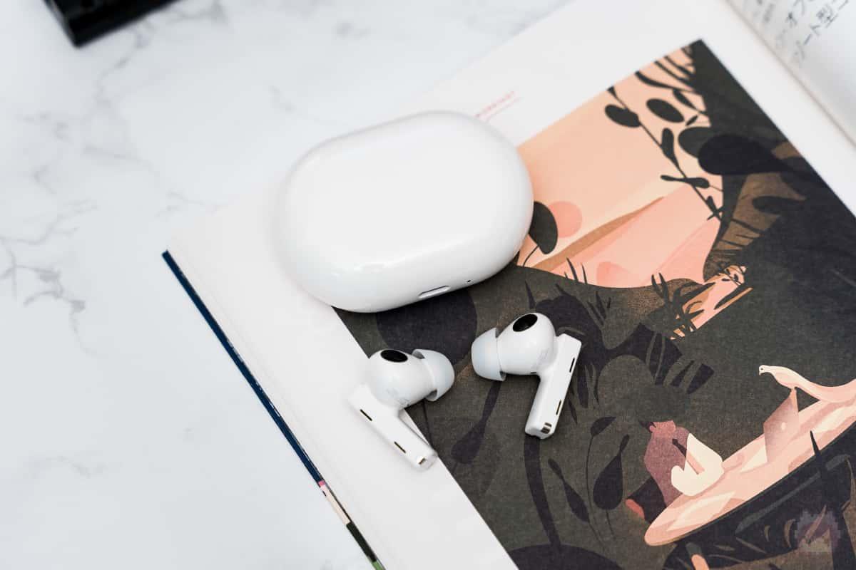 HUAWEI FreeBuds Proは音場感広めの低音寄りのパワフルサウンド。