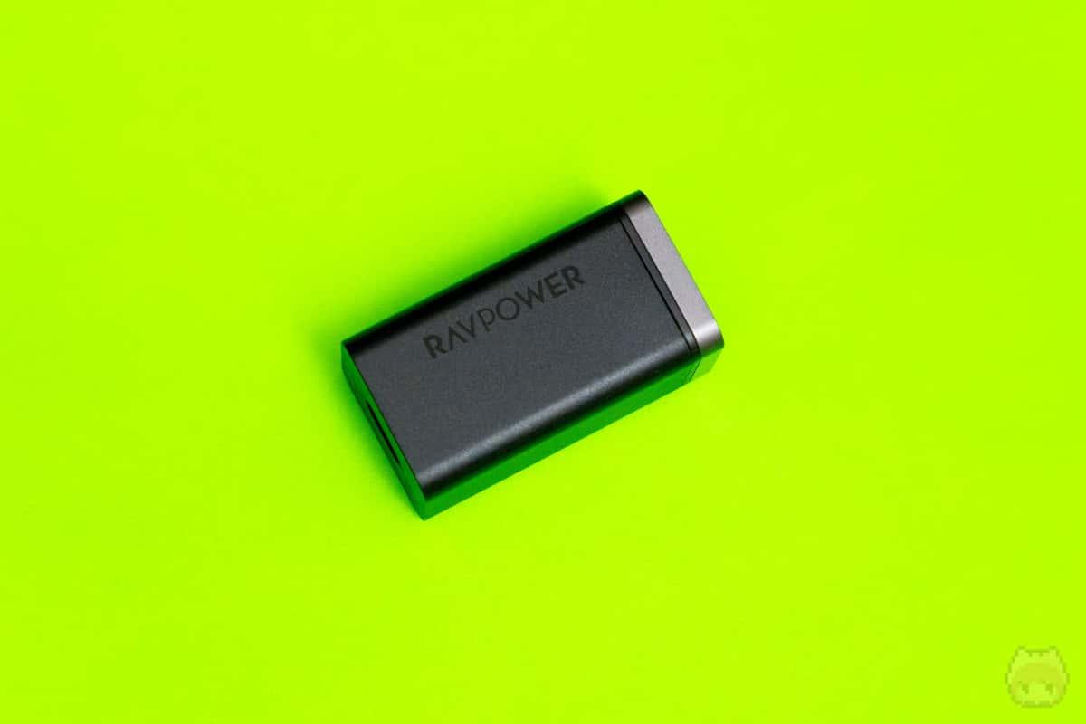 まさにお手本のようなUSB PD充電器といえる。