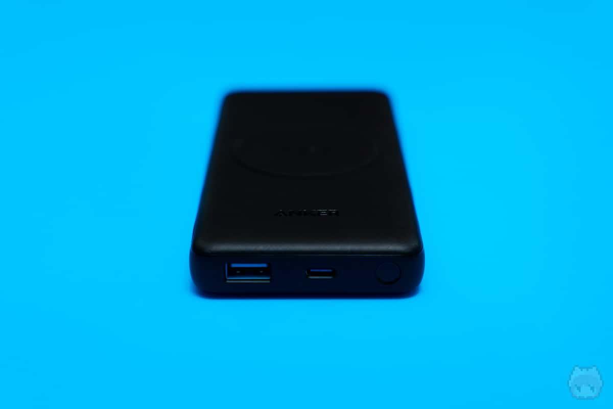 Anker PowerCore III 10000 Wireless(前面)