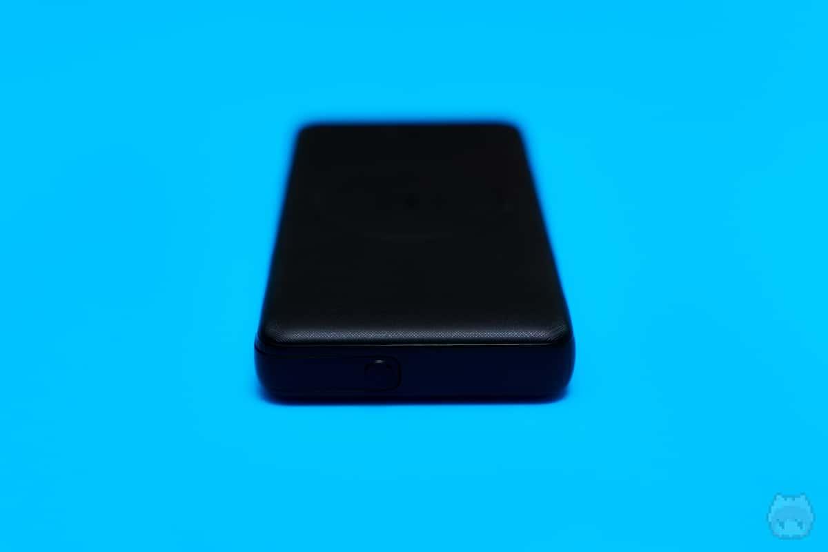 Anker PowerCore III 10000 Wireless(後面)