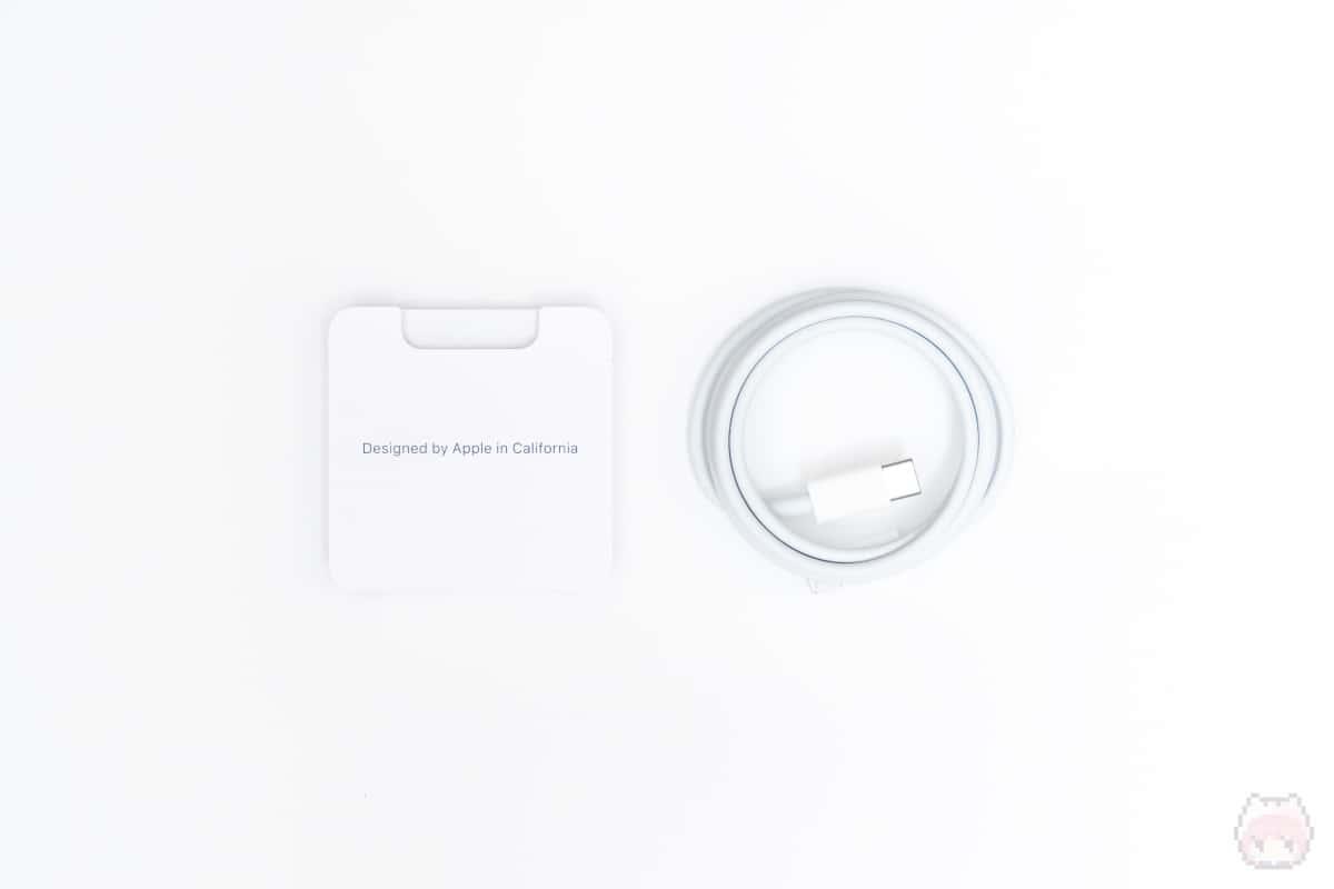 MagSafeデュアル充電パッド(付属品)