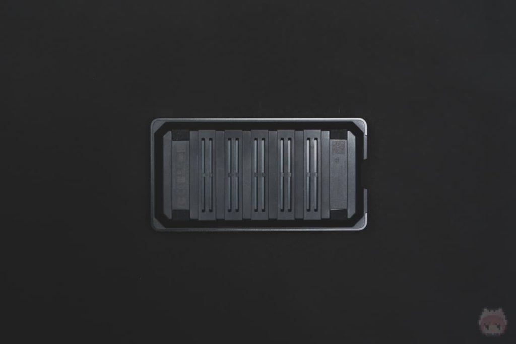 WD_BLACK P50 Game Drive SSD(下面)